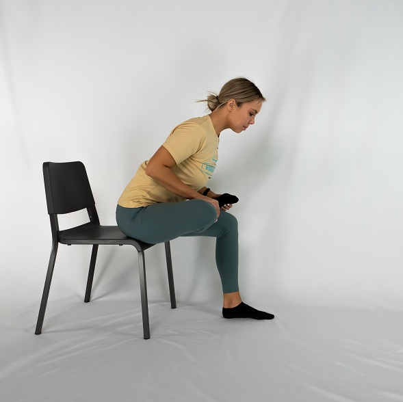 Seated-Glutes-Stretch