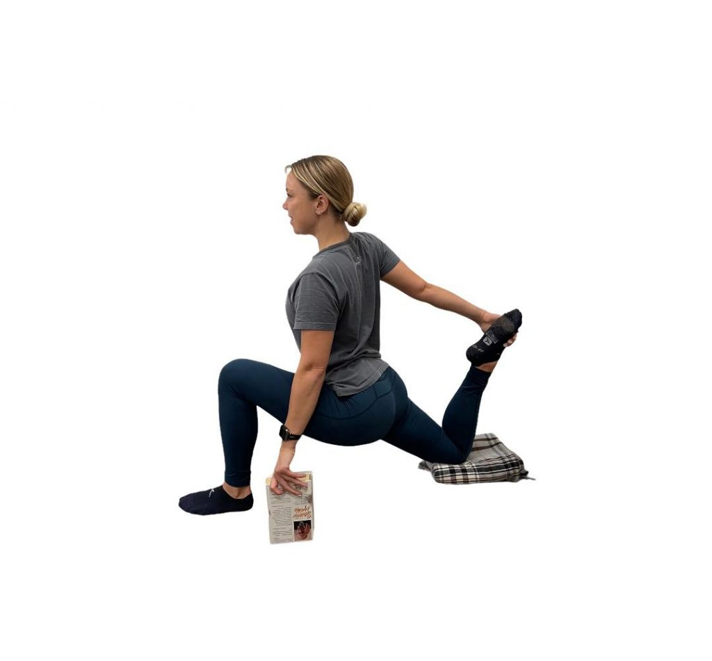 Lunging Quad Stretch