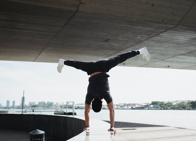 stretching-for-splitd