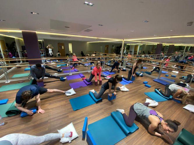 studio-stretching-classes